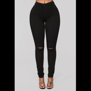 Fashion Nova High Rise Skinny Jeans Ripped Knees